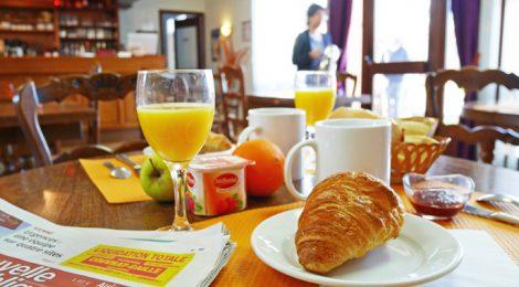 Chambre avec petit déjeuner